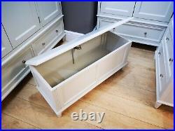 Holburn Cream Blanket Box / Cream Painted Storage Box